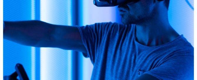 VR arcade player met Index Valve Headset